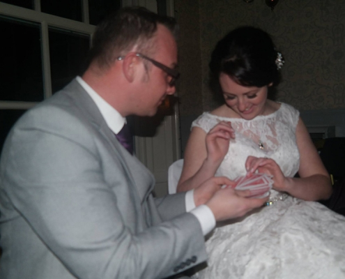 Party-magician-magic-magician in Warrington-balloons-Bride